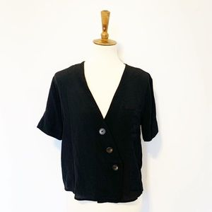TOPSHOP NWT!  Black v-neck blouse short sleeve 6
